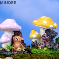 Container Miniature Fairy Garden Succulent Mini Plants Model Resin Decorations Small Bear Mushroom Cartoon Lovely Model Diy Terrarium Kit Material